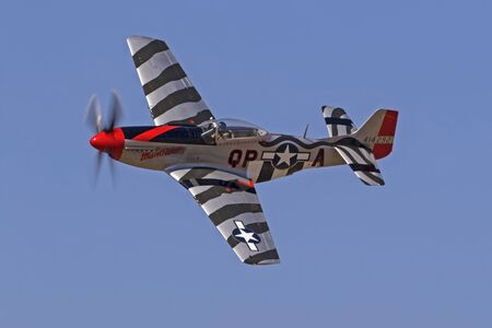Airplane WWII P-51 Mustang fighter at airshow Éditoriale