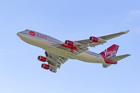 Airplane Virgin Galactic 747 jet