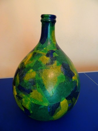Colored wine demijohn
