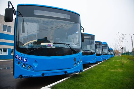 Línea tecnológica para la producción de autobuses. Fabricación de producción de autobuses Foto de archivo