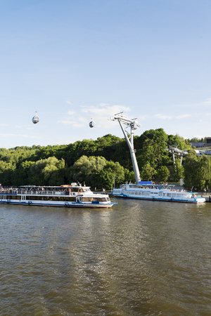 the cable car passes over the Moscow river, connects the observation deck at the stadium Vorobyovy Gory-Luzhniki