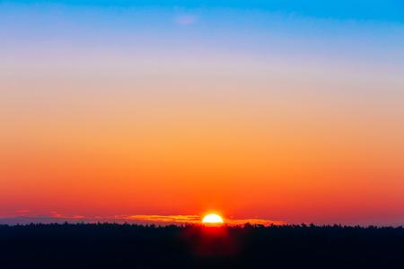 Sun Over Horizon, Sunset, Sunrise Natural Background