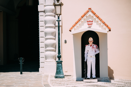 monte carlo: Monte Carlo, Monaco - June 28, 2015: Honor guard on duty at royal palace, residence of Prince of Monaco. Editorial