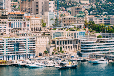 monte carlo: Yachts moored at town quay In Sunny Summer Day. Monaco, Monte Carlo