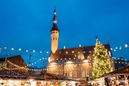 town hall square: Christmas Market On Town Hall Square In Tallinn, Estonia. Christmas Tree