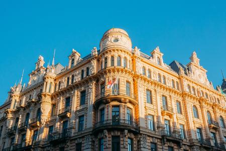 Riga, Lettonia. Edificio in stile Art Nouveau Progettato da Mikhail Eisenstein su 13 Alberta Street, attualmente sede della Scuola di Specializzazione in Giurisprudenza Archivio Fotografico