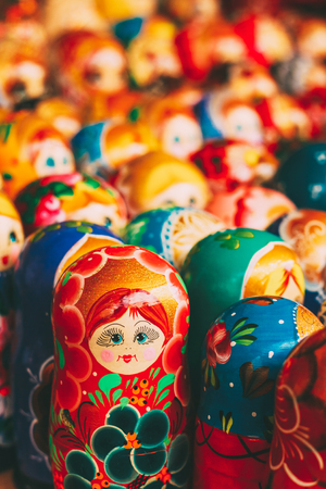 Colorful Russian nesting dolls at the market Imagens