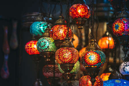 Turkey. Market With Many Traditional Colorful Handmade Turkish Lamps And Lanterns. Lanterns Hanging In Shop For Sale. Popular Souvenirs From Turkey Standard-Bild