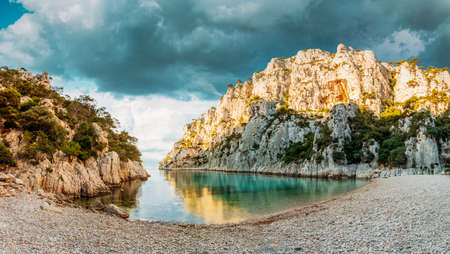 Cassis, Calanques, France. French Riviera. Beautiful Nature Of Cote De Azur On The Azure Coast Of France. Pines Growing On Cliffs Coast En Vau. Panorama Stok Fotoğraf