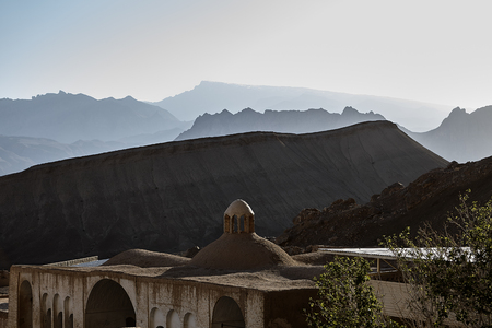 Zoroastrian-Tempel von Pir-e-Naraki nahe Yazd, der Iran. Standard-Bild - 92783885