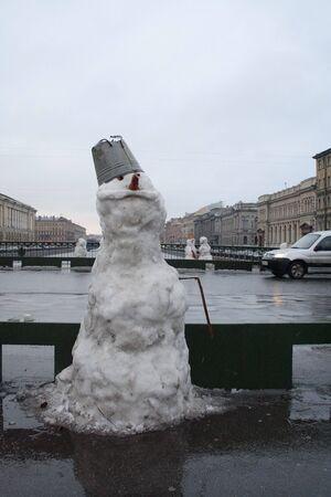 brige: Snow hombres en el brige