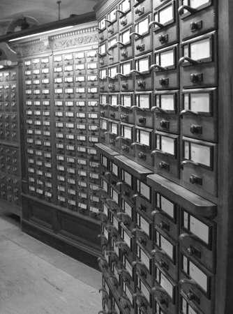card catalog black and white 版權商用圖片