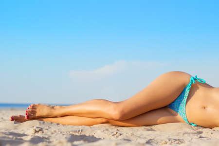 sexy beine: Schöne schlanke Frauen