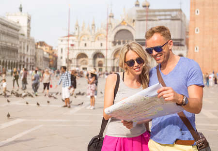 people travelling: Young couple travelling