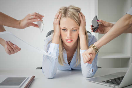 office chaos: Depressed business woman