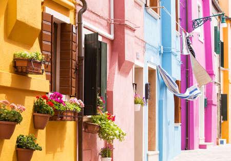 case colorate: Case colorate di Burano, Italia Archivio Fotografico