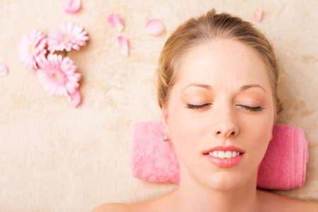 Vrouw in de spa Stockfoto