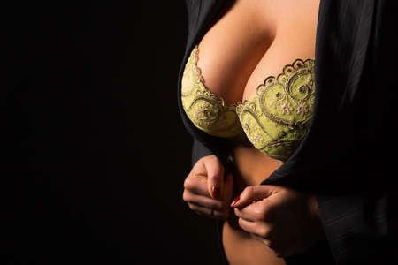 big boobs: Mujer con grandes pechos Foto de archivo