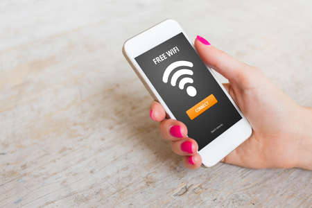 Accès wifi gratuit sur un smartphone Banque d'images