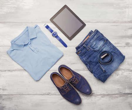 Mannenkleding, horloge en tablet