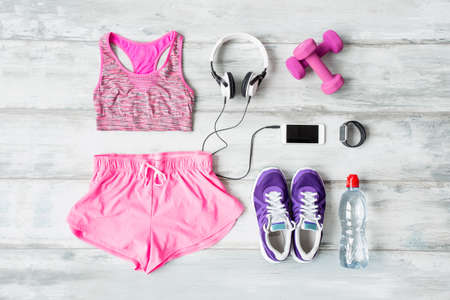 Workout kit op de vloer Stockfoto