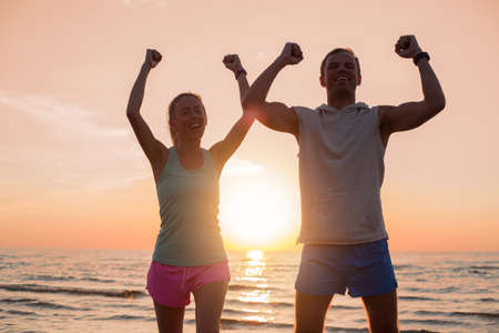Gelukkig en atletische paar na training