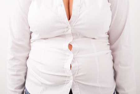 big breast woman: Blouse dont fit on plus sized woman