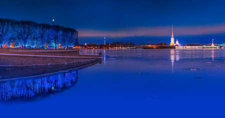 Panorama of Petersburg. Russia. Evening city in the reflection of water. Panorama of the Peter and Paul Fortress. Winter view of St. Petersburg. A panorama of Russian cities. Archivio Fotografico