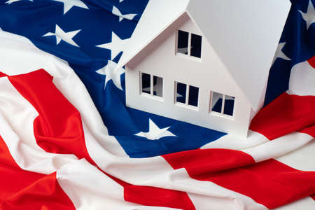America. Emigration to the USA. Buying real estate in America. Green card draw. Buy a house in the USA.Real estate for rent in the United States. Green card for USA.Homes for sale in the United States