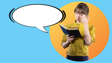 Reading books. Use reading. A girl with a book and a cloud for text. Education, training, development. A student reads a textbook next to the place for the text. A collage in a magazine style. Foto de archivo