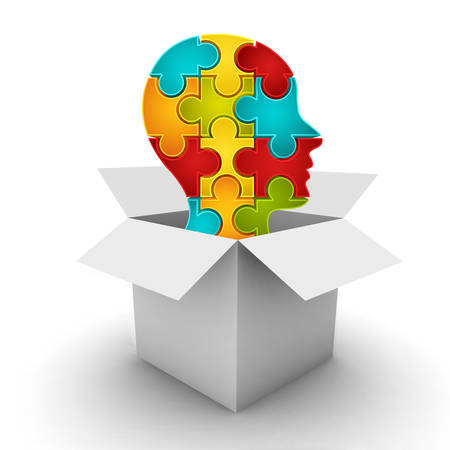 Business concept met doos en het hoofd gemaakt van puzzel. Het kan worden gebruikt voor verschillende concepten zoals slimme zakelijke beslissing, slimme persoon, creatief denken enz Puzzel symboliseren sterke punten van de verbinding tussen de verschillende onderdelen in het bedrijfsleven of concepten die je wa zijn