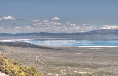panoramic view of mono lake, california 免版税图像