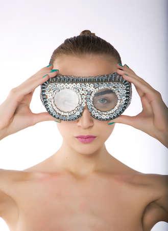 swim goggles: Mujer joven en gafas de nataci�n de protecci�n - - mujer atractiva serie de fotos