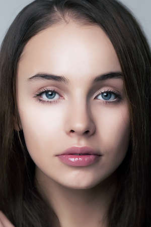 Beautiful face of beauty woman with perfect eyes and lips  Natural makeup Stock Photo - 12669612