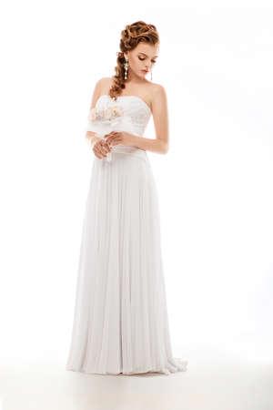 bridal dress: Ritratto di bella sposi con bouquet di nozze di fiori Archivio Fotografico