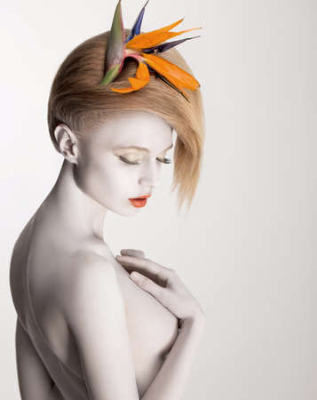 nude fashion model: Coloring  Bodypainting  Beautiful Dreamy Woman with Flower  Futurism  Silver Skin