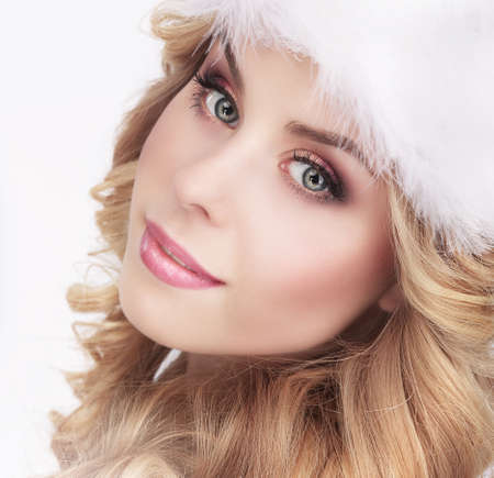bonny: Cute Young Woman in Furry White Cap