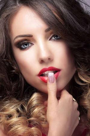 besos apasionados: Close up retrato de Ternura Cute Mujeres
