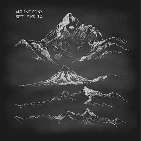 Hand getrokken vector illustratie Mountain set Vintage. Schetsen. Krijtbord Stock Illustratie