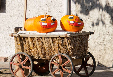 festiveness: Pumpkins with painted faces
