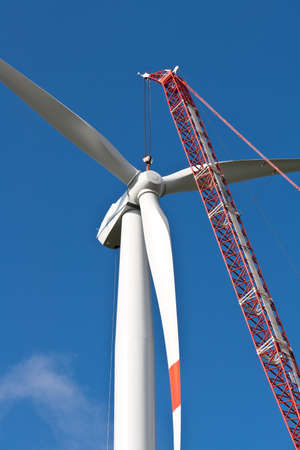 wind force wheel: Wind turbine installation with a crane