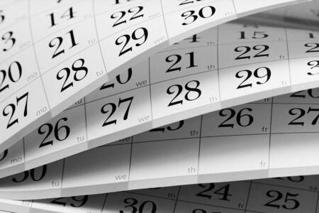 meses del a�o: Calendario de fragmentos a medio abrir, las hojas en diferentes �ngulos Foto de archivo