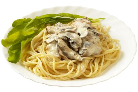 macaroni: Pasta met creme champignonsaus over macro shot Stockfoto