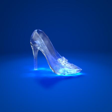 暗い青色の背景のサイドビューにシンデレラ クリスタルの靴