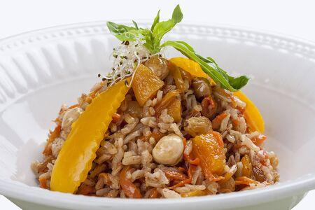 Uzbek pilaf with raisins and nuts