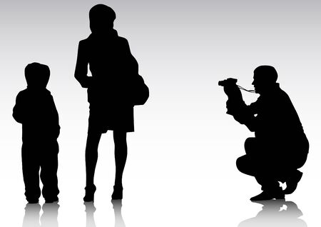 paternidade: Vector drawing parents and child with a camera