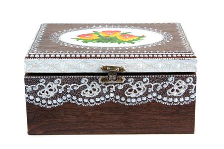 Boîte en bois peint sur blanc Banque d'images - 63141938