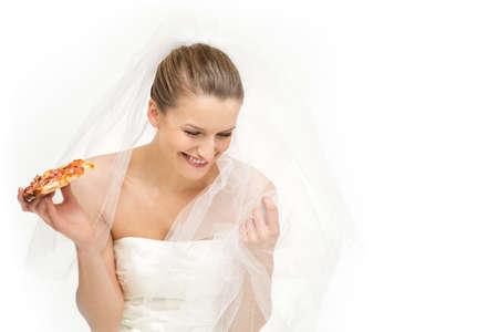 weight loss plan: Un'opzione allettante per una sposa - mangiare la pizza o per guardare bene il suo giorno speciale