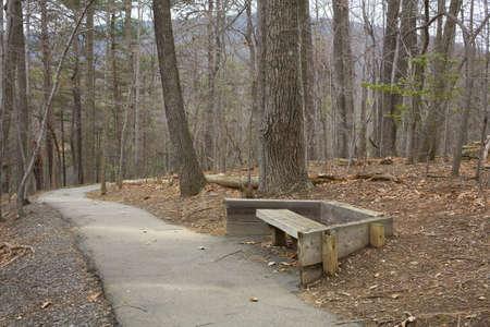 banc parc: Banc de parc en Caroline du Nord  Banque d'images