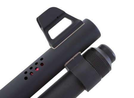 ported: Escopeta que tiene la luz roja proveniente de su portabilidad antes de la boca del ca��n